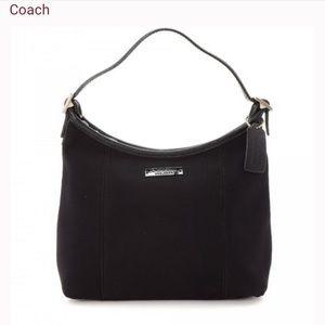 Coach Shoulder bag Style: 6219